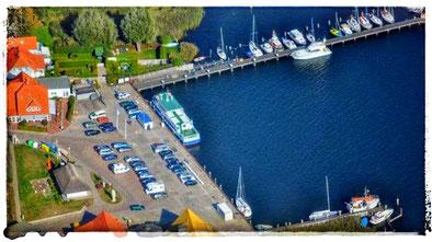 Boddenhafen Breege mit Segelschule Mola