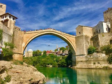 Stari most – Brücke über die Neretva – Wahrzeichen der Stadt