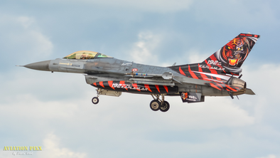 F-16 der Türkischen Luftwaffe im Tiger-Look