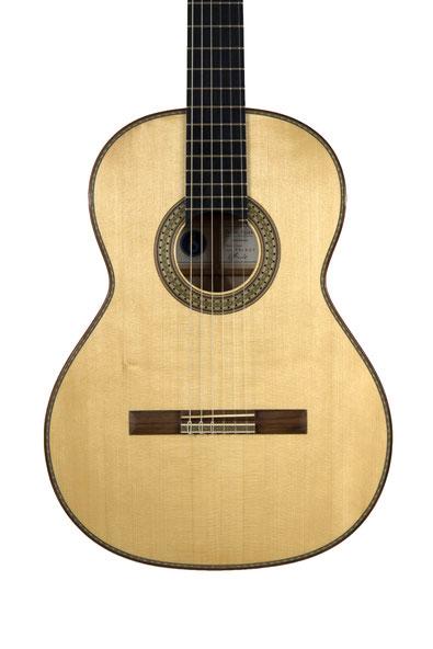Daniel Stark, classical guitar