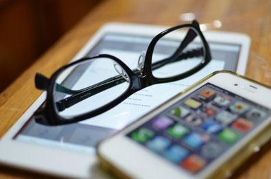 いつも使っているメガネが不調だと気になって不安になります