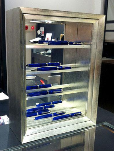 私、鈴木尚和がデザインしました、万年筆専用コレクションボックス。