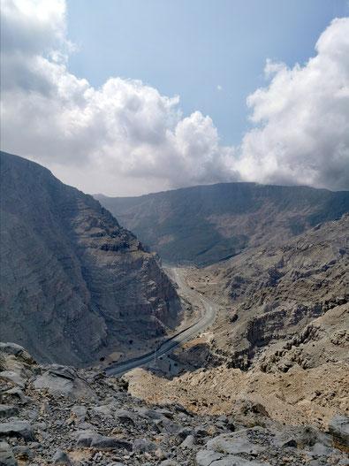 Der kurvige Weg durchs Hajar-Gebirge