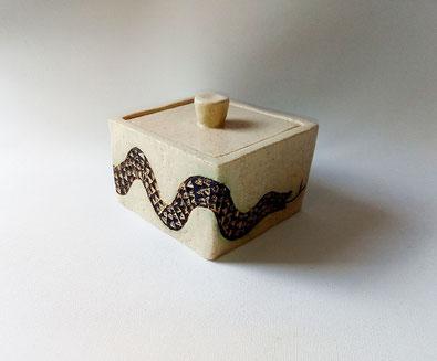 Clase de ceramica Mari orikasa en Benalmadena