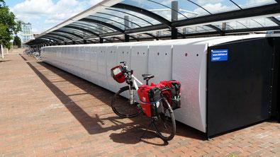 Abschliessbare Mietboxen für Räder - gute Idee...