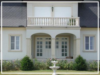 balustrade and pillars