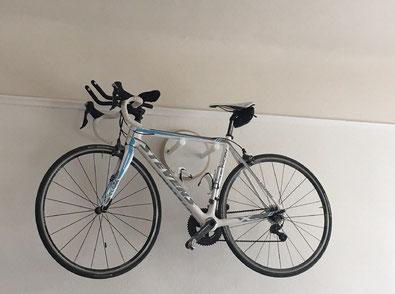 Wandhalter Wandmontage Halterung Fahrrad Rennrad Holz mit  Bike wall mount weiß