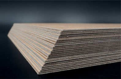 Pappzuschnitt mit Kraftpapier kaschiert