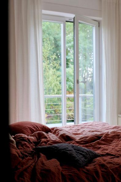 dieartigeBLOG // Schlafzimmer im Oktober - Leinenbettwäsche
