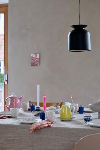 dieartigeBLOG // Oster-Frühlings-Tischdekoration | Blau mit Weiß & Apricot