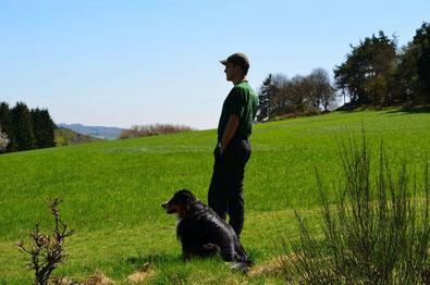 und das bin ich, Volker Windheuser, zusammen mit meinem Hund Indy