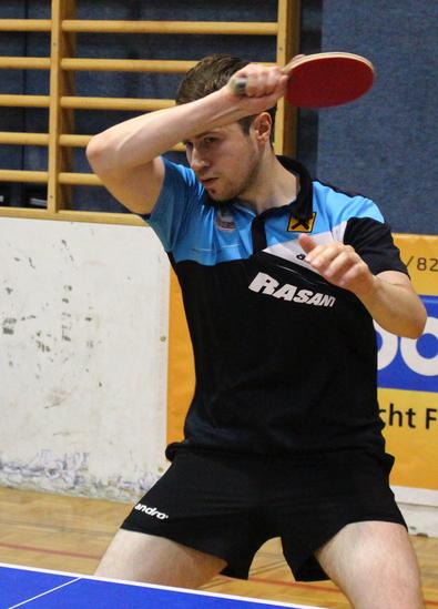 Martin Kinslechner sicherte sich mit einem 3:1-Finalerfolg gegen Martin Gasnarek (TTV Tulln) den Turniersieg im Herren Einzel offen. Wir freuen uns über diesen schönen Erfolg mit Martin!