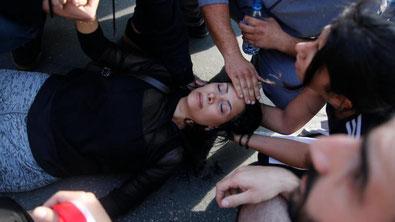 En af de sårede demonstranter der blev slået ned under angrebet på protestcampen d. 29. oktober 2019