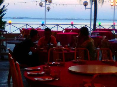 ベナンの海鮮レストランの魚
