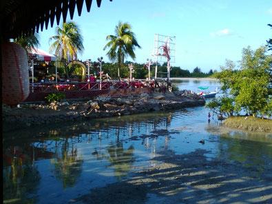 ベナンの海鮮レストラン