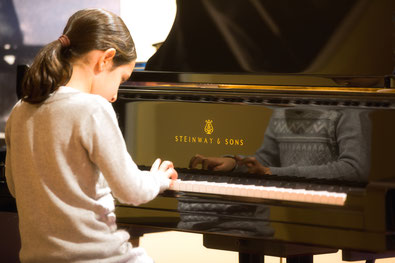 Klavier- und Geigenunterricht in München, Hausbesuch