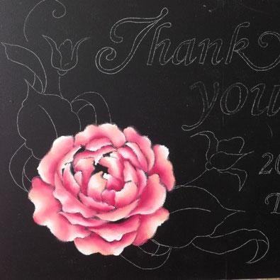 スタジオエクリュチョークアート教室特別レッスン案内の写真 チョークアートで描いた薔薇の写真