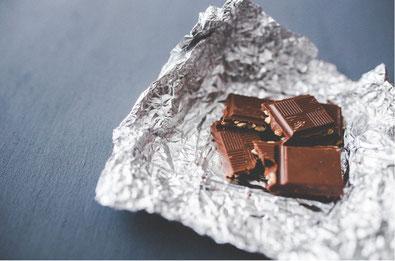 Emotionales Essen: Kannst du aufhören Schokolade zu essen?