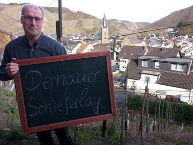 """Die Weinbergslage """"Dernauer Schieferlay"""" ist auch ein Filetstück im Weingut Reinhold Riske."""
