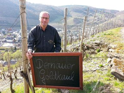 """Der """"Dernauer Goldkaul"""" ist eine bevorzugte Lage im Weingut Reinhold Riske."""