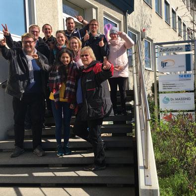 Buxtehuder Jugendleiter beim Landesjugendring in Hannover - für gute Gespräche lohnt sich eine längere Anfahrt - Foto: SJR