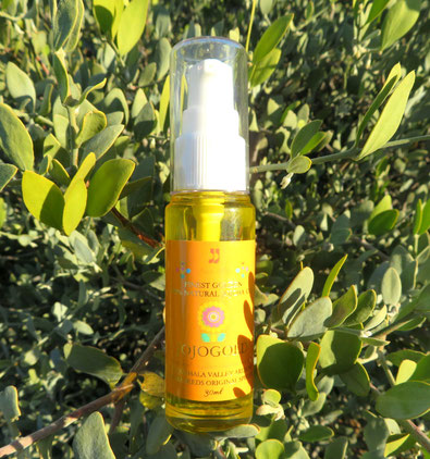 "♔ ""Mystic dew"" - a golden Oasis for your skin."