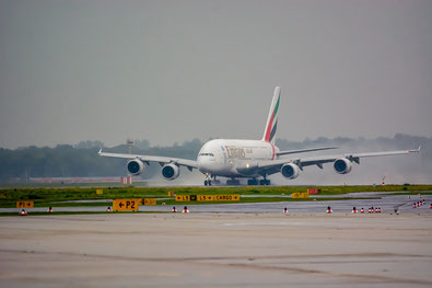 WDR, Zeppelin, monochrom, Fotografie, Airbus, Düsseldorf, airberlin, DJ, pictures, Dirk Just, Flughafen DJpictures,