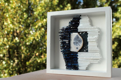 Mosaikbild aus Keramik und Tiffany-Glas