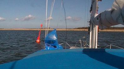mit dem Boot auf den Boddengewässern der Ostsee