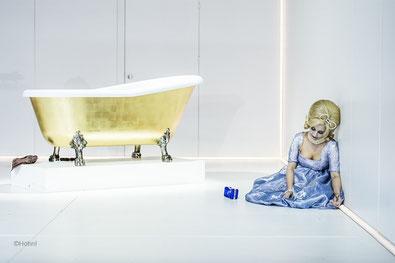 Satyricon, Luzerner Theater, Carla Mafioletti als Scintilla, Photo: Ingo Höhn