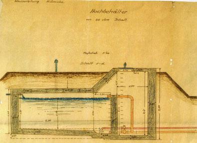 """Der 1929/30 erbaute Hochbehälter """"Bussiepen"""" mit einem Fassungs-vermögen von 20 cbm, der bis Mitte der 1960er-Jahre in Betrieb war. Wegen Baufälligkeit wurde er im Jahre 2011 zurückgebaut.   (Gemeindearchiv Wenden: Akten B 512)"""