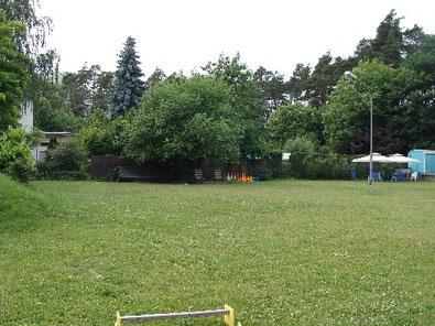 Trainingsgelände in Heusenstamm der Hundeschule Beziehungskiste Mensch-Hund bei Bell Amis e.V.