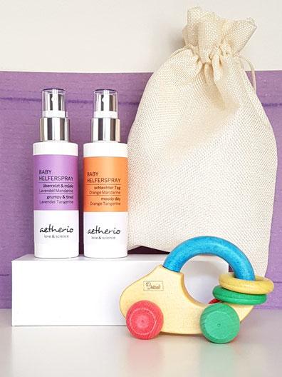 Geschenkset mit Lavendelöl für Eltern von Babys und Kleinkindern - Natürliches Wohlbefinden zum Sprühen mit aetherio love & science