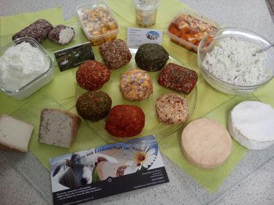 Ob cremig, ummantelt, in Öl eingelegt, süßlichen oder in Schreiben geschnitten - bei uns finden Sie etwas für jeden Geschmack!