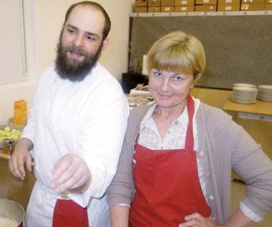Brigitta Zettl und ihr Koch. Foto: privat