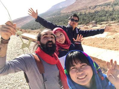 モロッコ旅行/陽気なモロッコ人のフォトグラファーと