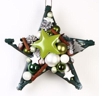 Stern in grün und weiß als Weihnachtdekoration