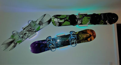 Wandhalterung Wandmontage Snowboard horizontal vertikal Halterung wall mount LED Beleuchtung Nitro