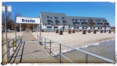 Strandhotel Dranske an der Seebrücke Sehenswürdigkeit Rügen