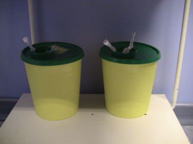 Banana Bell Piercing Genève - Bac aiguilles utilisées