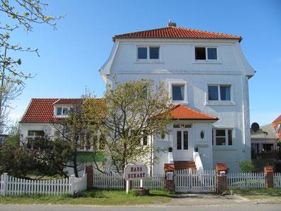 Haus Eckart, Amrum, Nordsee, Wittdün, Nordseeinseln, Insel,  Seminarhaus, Nesthäkchen, Kniepsand, Seminare, Tineke Osterloh