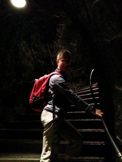 Aufstieg an den Trümmelbach-Wasserfällen