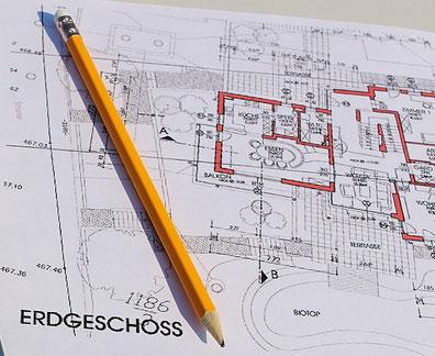 Unsere Massivhäuser und Holzrahmenhäuser erhalten Sie in hochwertiger Qualität.