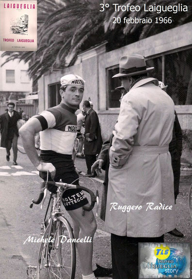 """Il noto giornalista Ruggero Radice detto """"raro"""" intervista alla partenza il campione d'Italia Michele Dancelli. Foto courtesy: foto Ciccio archivio TLS"""