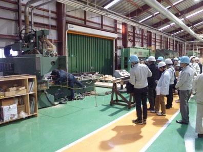 愛西第1工場内 NC加工機の見学
