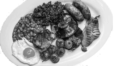 Photo of an English breakfast plate, which accompanies the English language exercise related to cooking