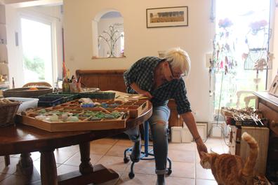 Mon atelier de création ou mon chat Sacha m'accompagne au quotidien