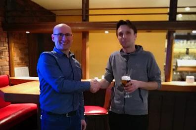 Turnierleiter Martin und Turniersieger Dirk