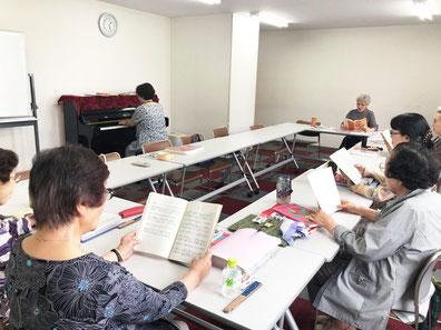 札幌市中央区の北海道クリスチャンセンターで三津橋萌子が講師として活動している「童謡の会・アプリーレ」の会員さんのお声です