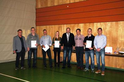 v.l.n.r.:  Günter Stendebach, Winfried Schlosser, Erwin Jösch, Helena Frink (für Ihren Vater Cristof Frink), Hans-Jürgen Kaiser, Wolfgang Gebauer, Martin Gras, Sebastian Linz